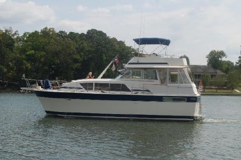 1984 Chris-Craft 410 Commander Yacht