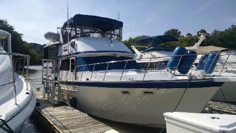 1986 Jefferson Sundeck 42 Motoryacht