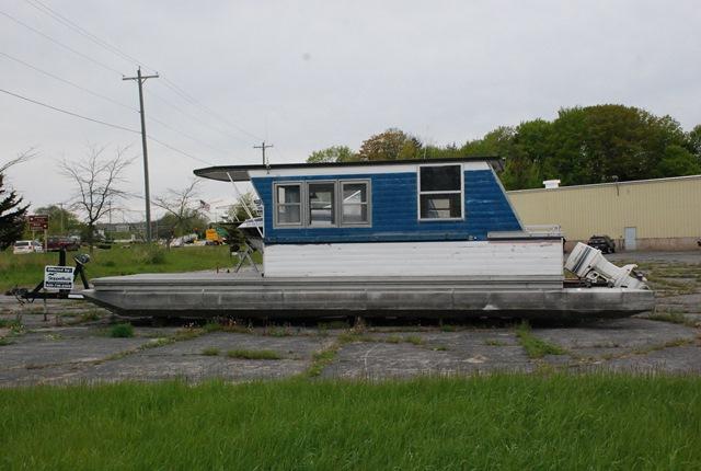 1974 Kennedy 36 HOUSE BOAT