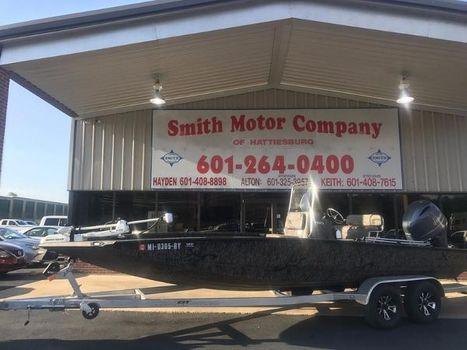 2017 Xpress Boats Hyper-Lift® H22