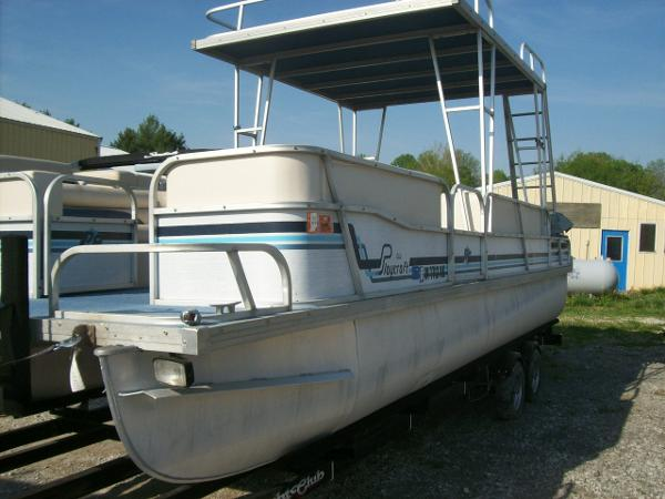 1990 Playcraft 24 Elite Upper Sundeck