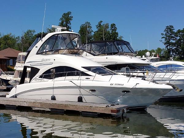 2007 Sea Ray 36 Sedan Bridge Starboard Forward Profile
