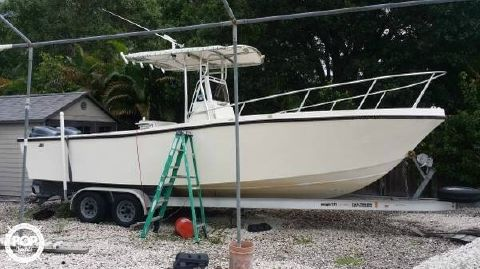 1988 Mako 261 Center Console 1988 Mako 261 for sale in Plantation, FL