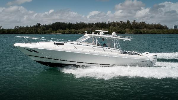 2008 Intrepid 430 Sport Yacht Port Profile