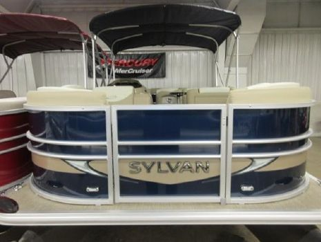2016 Sylvan 8520 Mirage Cruise