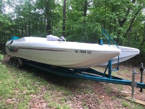 1996 Eliminator Boats 33 Daytona