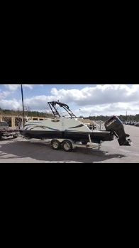 2016 Caravelle Boats 258 pf