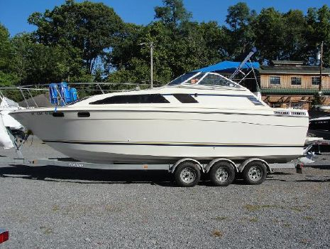 1984 Bayliner Ciera Sunbridge 2750