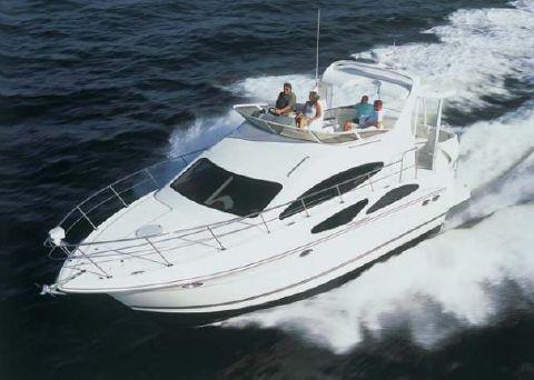 2006 Cruisers Yachts 385 Motoryacht Manufacturer Provided Image
