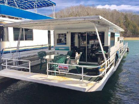1983 Jamestowner Houseboat 14 X 57