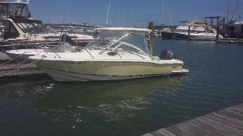 2004 Scout Boats 242 Abaco