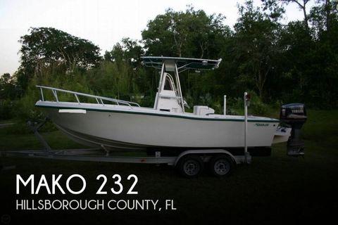1996 Mako 232