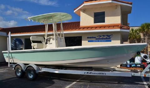 2016 Pathfinder 2400 TRS Bay Boat