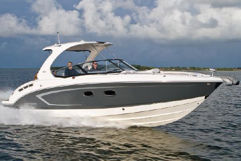 2015 Chaparral 327 SSX Manufacturer Provided Image