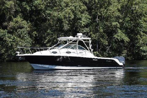 2014 Wellcraft Coastal 290