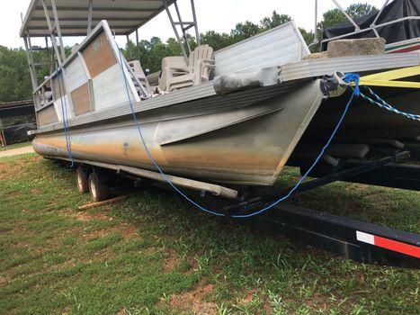 1983 Boatyard Lakescraft