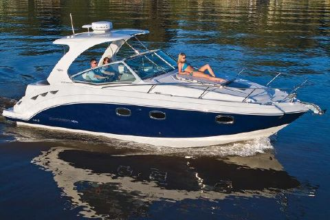 2017 Chaparral 310 Signature Manufacturer Provided Image