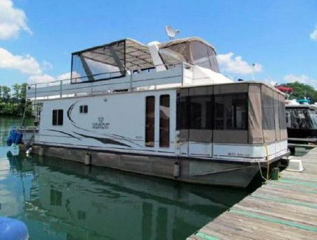 2007 M Yacht 4515 Houseboat Profile
