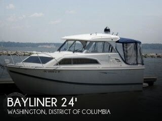 2007 Bayliner 246 Discovery 2007 Bayliner 246 Discovery for sale in Washington, DC