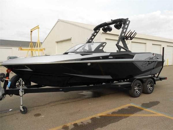 New 2018 AXIS Wake Research T22, Waterford, Mi - 48328