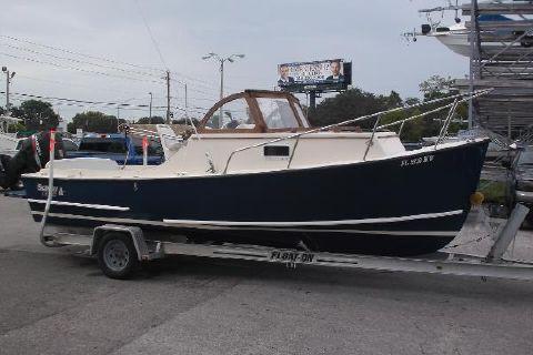 2005 Seaway 21 Seafarer Cuddy