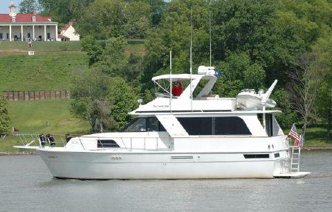 1990 Chris-Craft 501 Motor Yacht 4 Stateroom