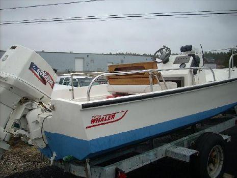 1976 Boston Whaler 17 Montauk