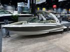 2015 REGAL sport boat 2300