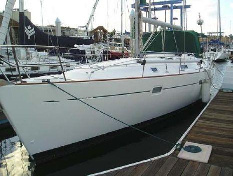 1998 Beneteau Oceanis 411 Docked