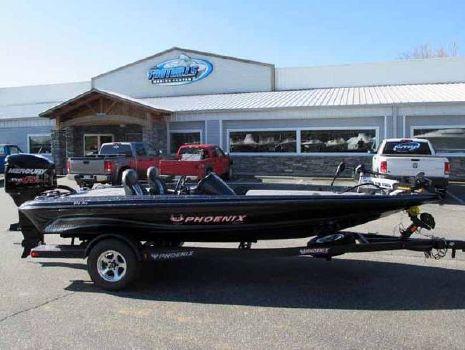 2015 Phoenix Bass Boats 618 Pro
