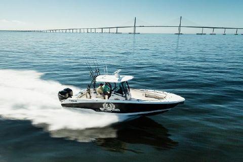 2017 Wellcraft 302 Fisherman