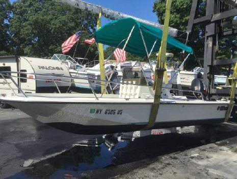 1994 Wahoo 17 Center Console