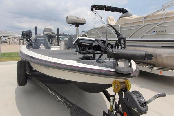 2012 Ranger Z522D