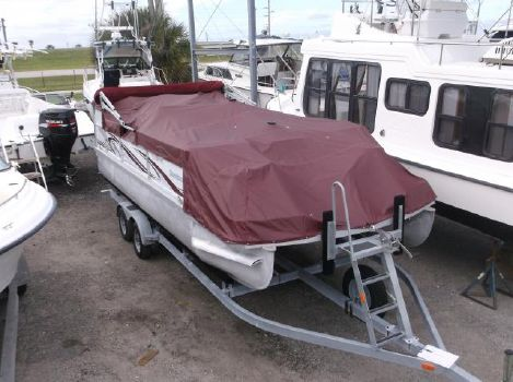 2012 Playcraft Clipper 2200/Fish Package