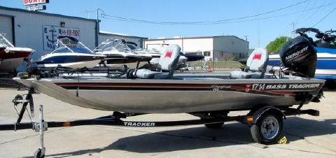 2013 TRACKER Pan Fish 12'