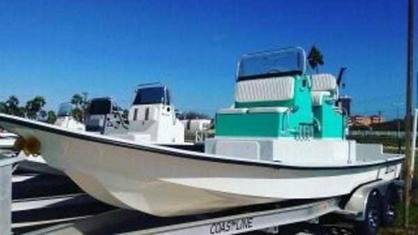2017 Mowdy Boats Cat 23'9