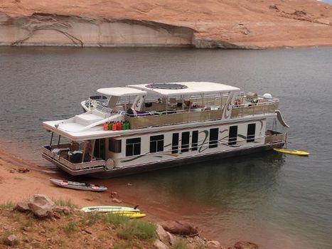 2004 Sharpe 66 x 18 Houseboat