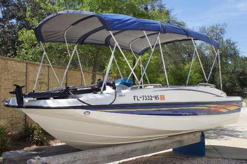 2007 Bayliner 190 Deck Boat