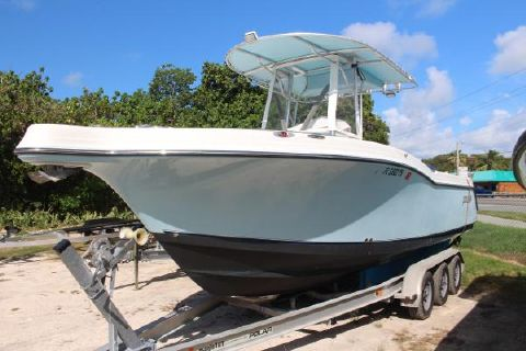 2005 Polar Boats 2700 Center Console