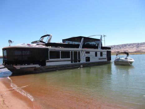 1999 Fantasy Houseboat Custom Houseboat