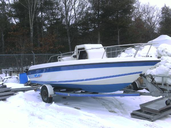 1990 Sunbird 20 CENTER CONSOLE