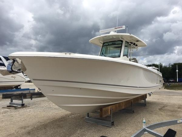 New 2019 BOSTON WHALER 330 Outrage, Ft  Myers, Fl - 33919