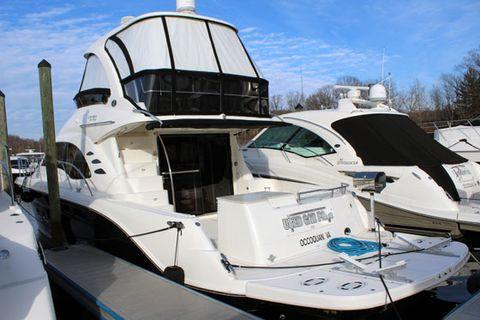 2010 Sea Ray 520 Sedan Bridge