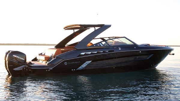 Check Out This 2019 Cruisers Yachts 338 Bowrider On Boattrader Com