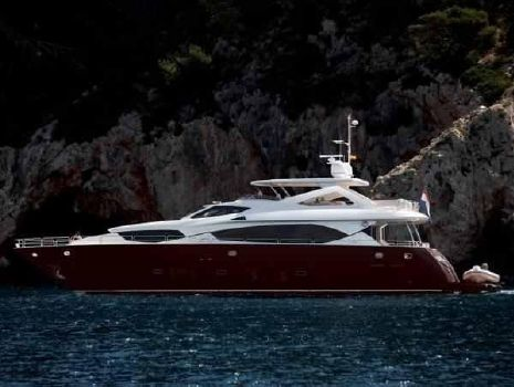 2009 Sunseeker 30M Yacht