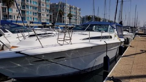 1991 SEA RAY 390 Express Cruiser