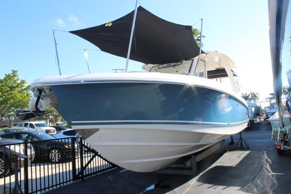 New 2019 BOSTON WHALER 350 Realm, Naples, Fl - 34102 - BoatTrader com