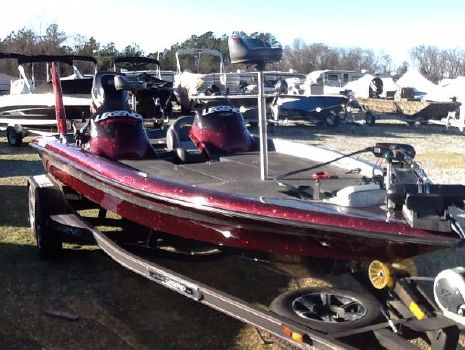 2012 Legend 211 DCS Bass Boat