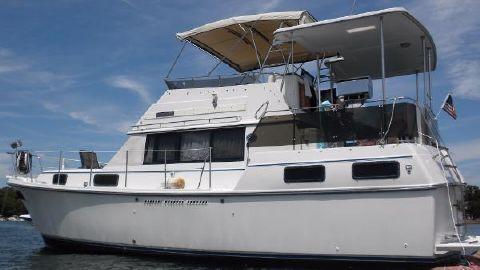 1989 Carver 3607 Aft Cabin Motoryacht