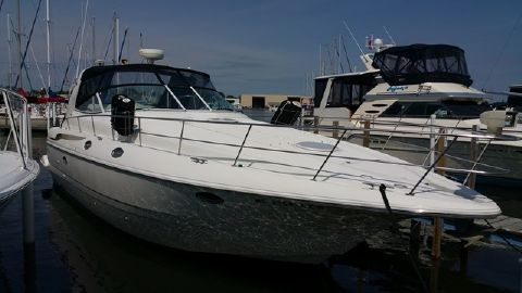 2000 Cruisers 3870 Express